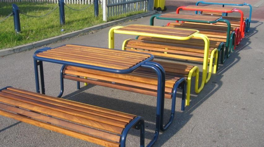 O11 Street Furniture